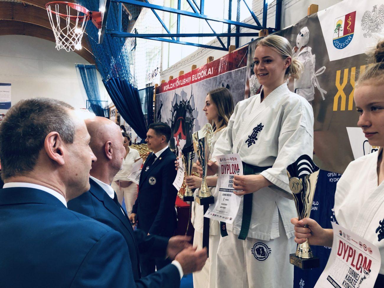 Read more about the article XXII Turniej Karate Kyokushin o Puchar Burmistrza Józefowa